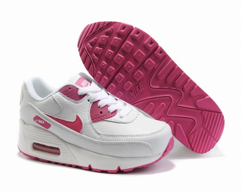 air max 90 pas cher taille 39 nike air max 90 infrared black. Black Bedroom Furniture Sets. Home Design Ideas