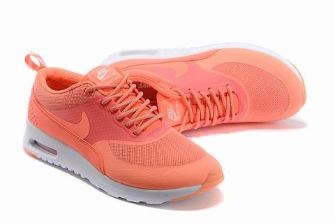 Nike Thea Jaune Fluo